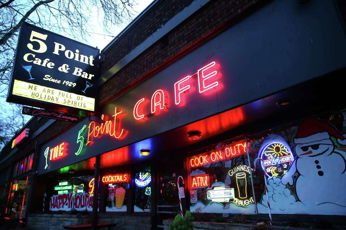 The 5 Point Cafe,Belltown
