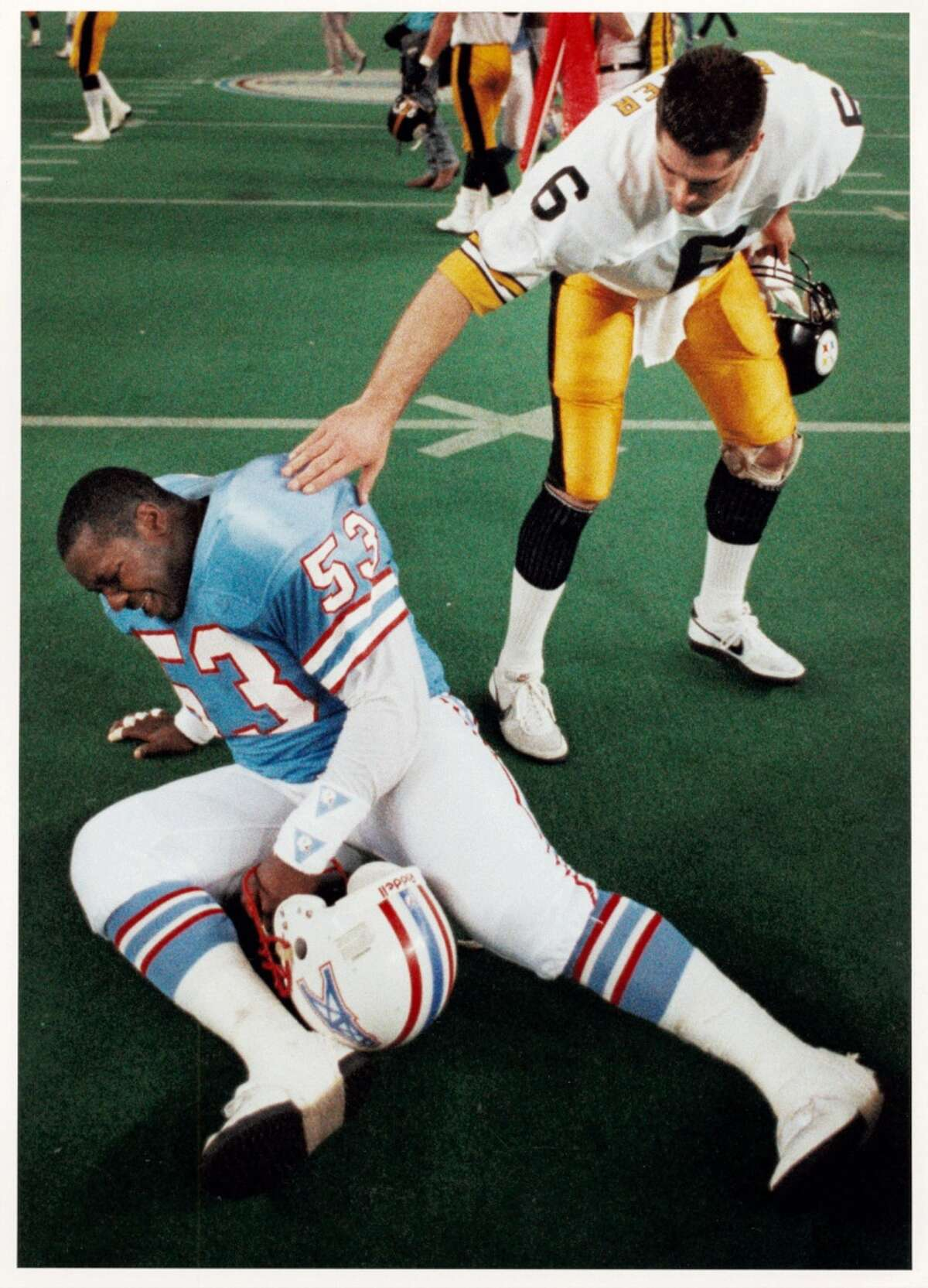 1989: Steelers 26, Oilers 23 (OT) The Jerry Glanville era ended in crushing fashion. The Oilers held a late lead, only to see the Steelers tie the score on Merrill Hoge's 2-yard touchdown run with 46 seconds left. Then, after a Lorenzo White fumble in overtime, Pittsburgh's Gary Anderson made a 50-yard field goal to oust the Oilers.