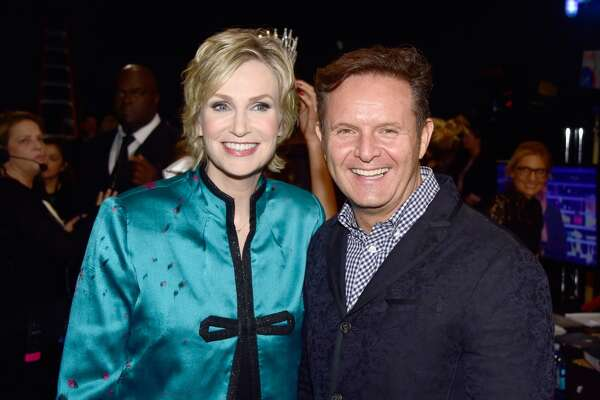 Host Jane Lynch (L) and producer Mark Burnett attend the People's Choice Awards 2016 at Microsoft Theater on Jan. 6, 2016 in Los Angeles, Calif.
