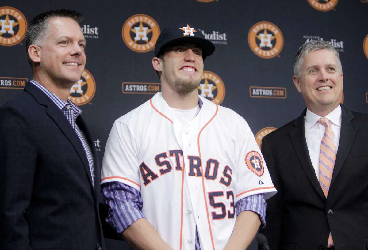The crown jewel of the Astros' offseason thus far has been the trade for reliever Ken Giles, sandwiched between manager A.J. Hinch and GM Jeff Luhnow. Click ahead to see the top 20 moments of the Astros' 2015 season.
