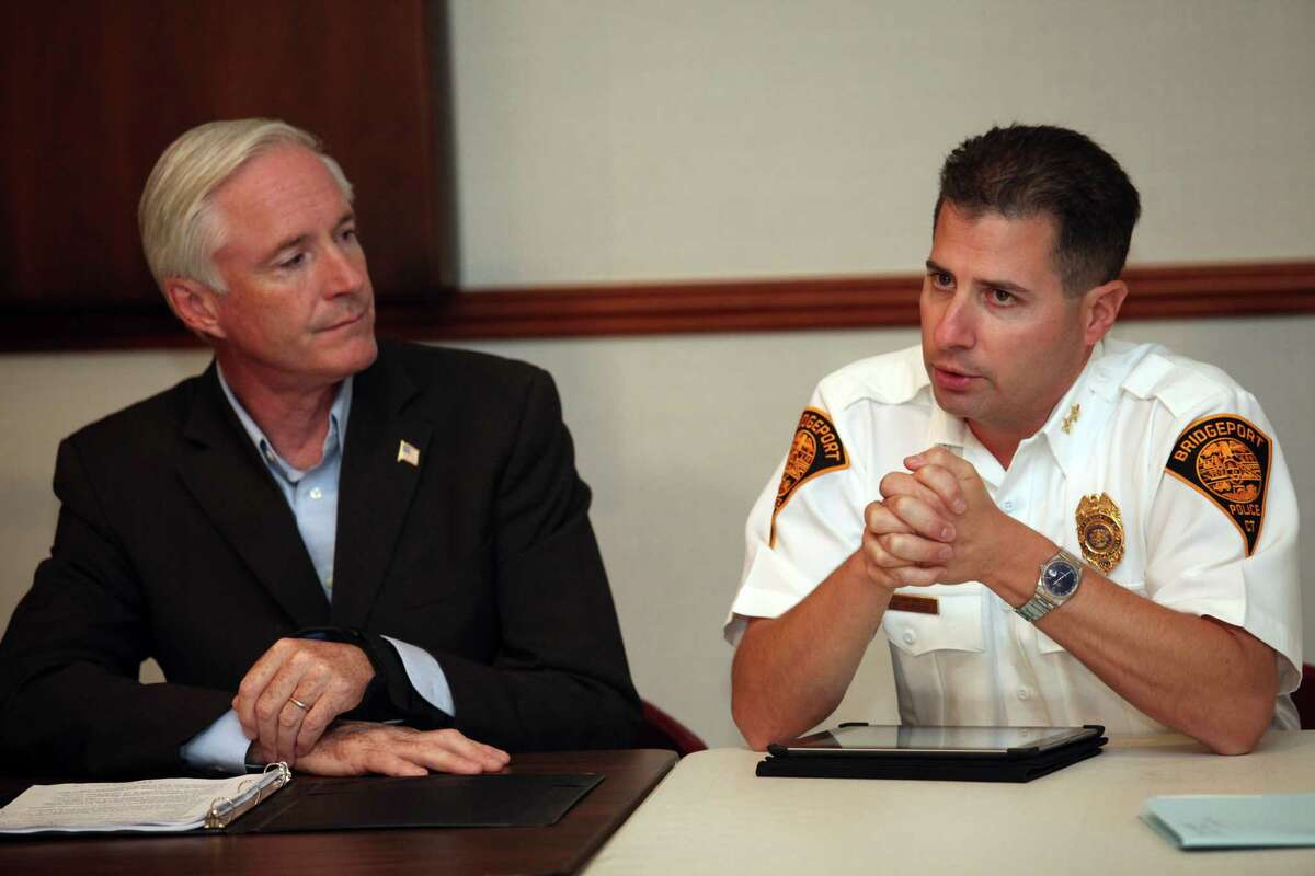 Former Mayor Bill Finch, left, meets with Assistant Police Chief James Nardozzi in 2013.