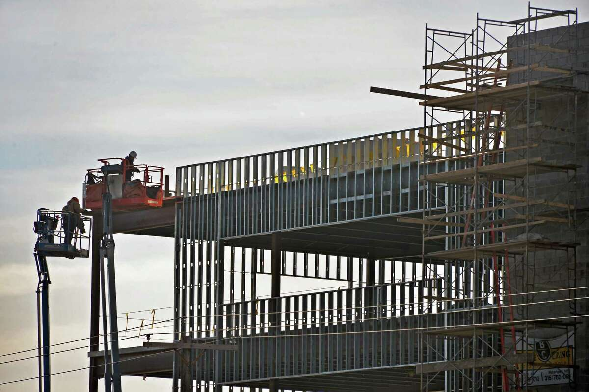 Construction continues on the Pioneer Bank headquarters on Albany Shaker Road Friday Jan. 8, 2016 in Colonie, NY. (John Carl D'Annibale / Times Union)
