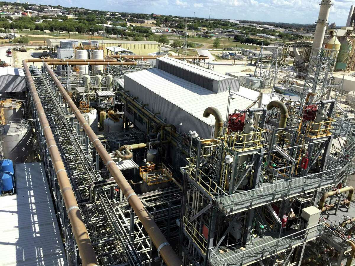 The $130 million Capitol SkyMine carbon-capture plant in San Antonio turns carbon dioxide emissions into products for manufacturing customers.