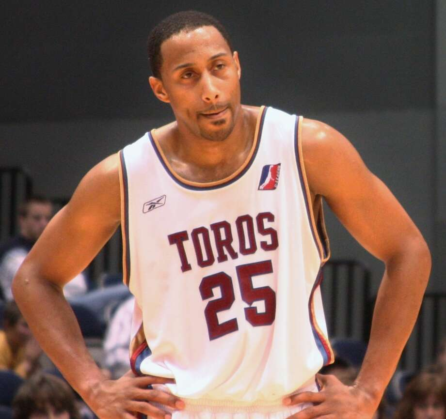 Alex Scales is shown playing for the Austin Toros, the NBA Development League affiliate of the Spurs, during the 2005-06 season. Photo: Courtesy Photo / Austin Spurs