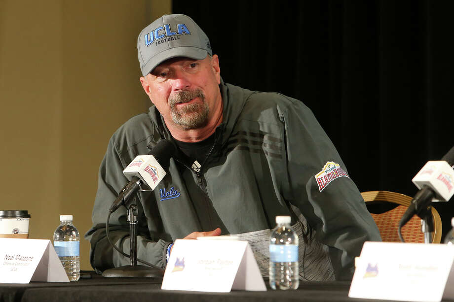 UCLA offensive coordinator Noel Mazzone during a UCLA Offense Press Conference at the Marriott Riverwalk onDec. 31, 2014 for the upcoming Alamo Bowl. Photo: Marvin Pfeiffer /San Antonio Express-News / Express-News 2014