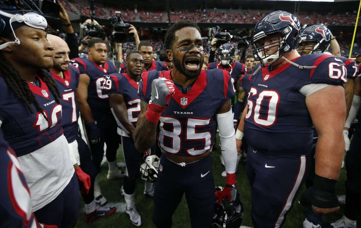 Houston Texans wide receiver Nate Washington (85) leads the charge in the huddle before the start of an AFC Wildcard playoff game at NRG Stadium on Saturday, Jan. 9, 2016, in Houston. ( Karen Warren / Houston Chronicle )