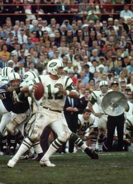 MIAMI, FL- JANUARY 1968:  Quarterback Joe Namath #12 of the New York Jets passing against the Baltimore Colts in the Orange Bowl during Super Bowl III on January 14, 1968 in Miami Florida.  The Jets defeated the Colts 16-7.  (Photo by Herb Scharfman/Sports Imagery/Getty Images) *** Local Caption ***Joe Namath