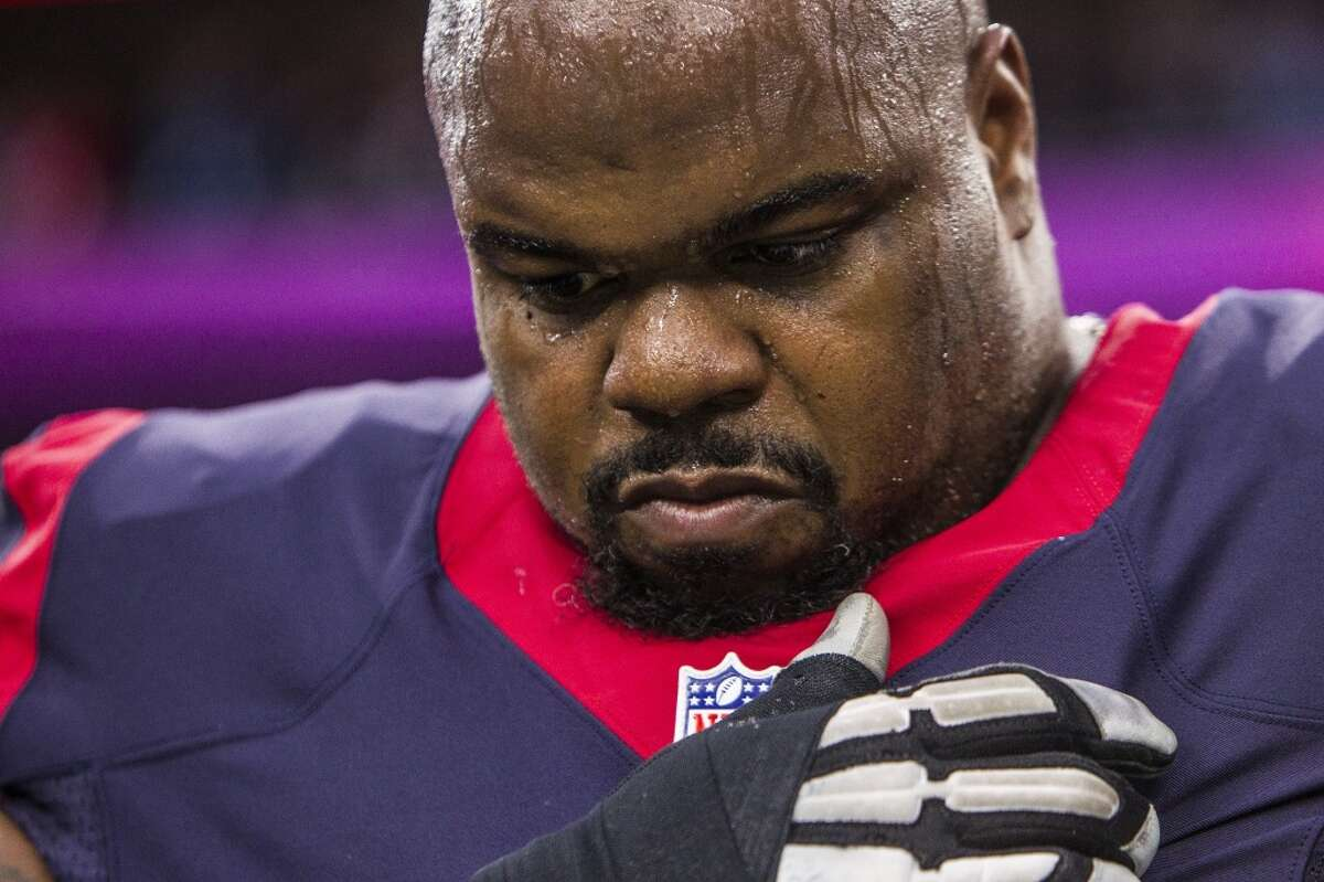 Houston Texans nose tackle Vince Wilfork (75) takes a moment to himself for the national anthem before the AFC Wildcard playoff game at NRG Stadium on Saturday, Jan. 9, 2016, in Houston. ( Brett Coomer / Houston Chronicle )
