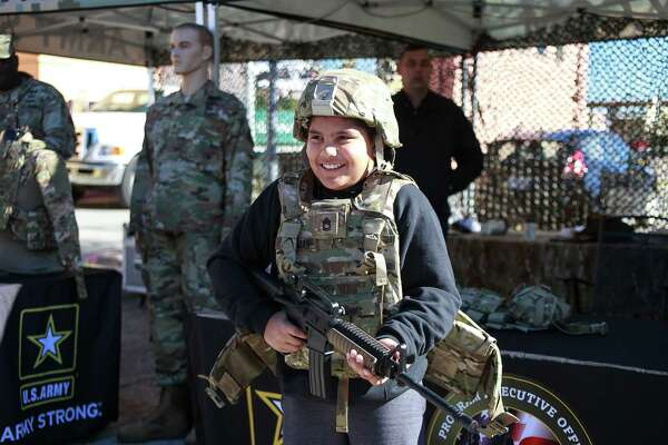 Before the annual U.S. Army All-American Bowl at the Alamodome Saturday, fans got to check out some awesome gear and tailgate in 'hooah' fashion.