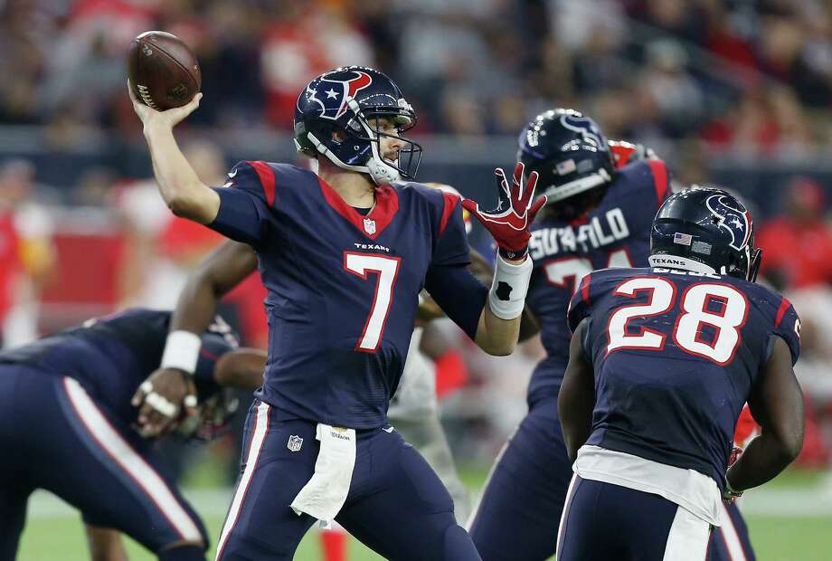 HOUSTON, TX - JANUARY 09:  Quarterback Brian Hoyer #7 of the Houston Texans throws a pass agaisnt the Kansas City Chiefs in the fourth quarter during the AFC Wild Card Playoff game at NRG Stadium on January 9, 2016 in Houston, Texas.  (Photo by Bob Levey/Getty Images) Photo: Bob Levey, Stringer / Getty Images / 2016 Getty Images