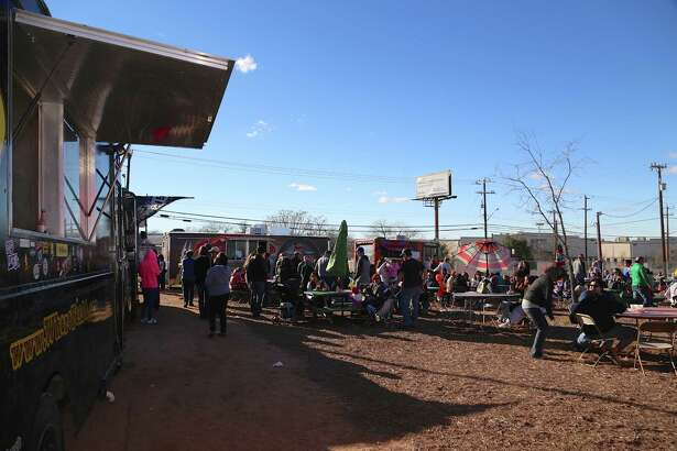Cold weather did not stop San Antonians from enjoying one last food truck throw down at San Antonio's first food truck park, Boardwalk on Bulverde, as it closed its doors permanently on Saturday, Jan. 9.