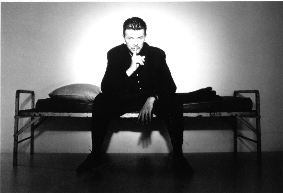 David Bowie , Promo still Hand out