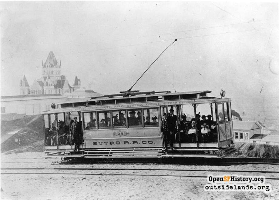Sutro Railroad. Streetcar approaching Cliff House View west from private right of way below Merrie Way, towards Cliff House - courtesy of OpenSFHistory.org.