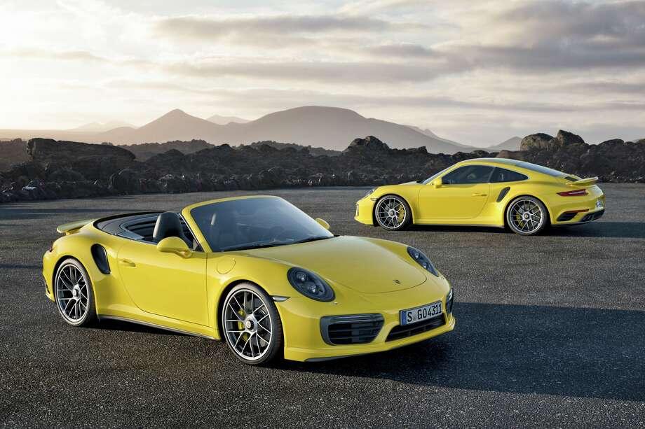 911 Turbo S und 911 Turbo S Cabriolet Photo: Porsche