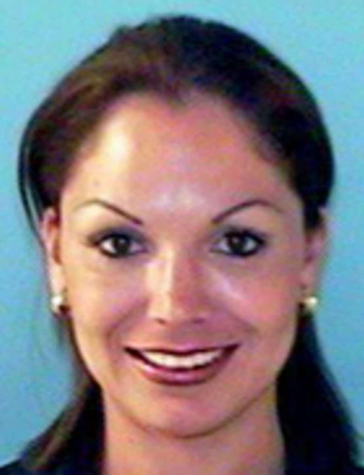 Clarisa Zazueta-PerezAlias: n/aWanted for: Conspiracy to defraud financial institutionsLast known location: El Paso, Texas