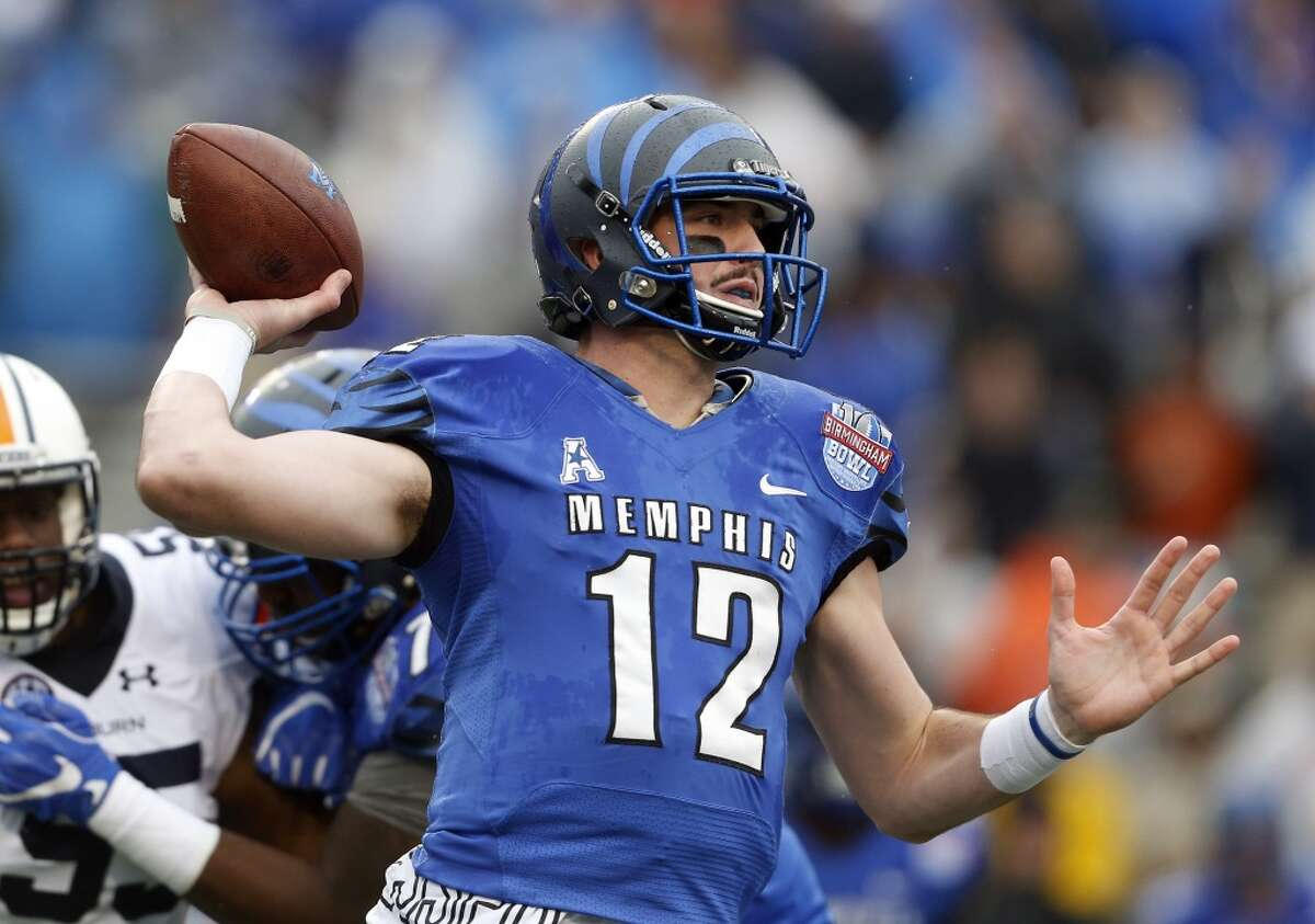 Paxton Lynch, Memphis6-7, 245Projected round: 1st Lynch is another guy that's likely to be taken in the top 10 - perhaps by the 49ers at No. 7. Lynch has the big body frame that Bill O'Brien likes, but he's raw and will need time to develop in the NFL.