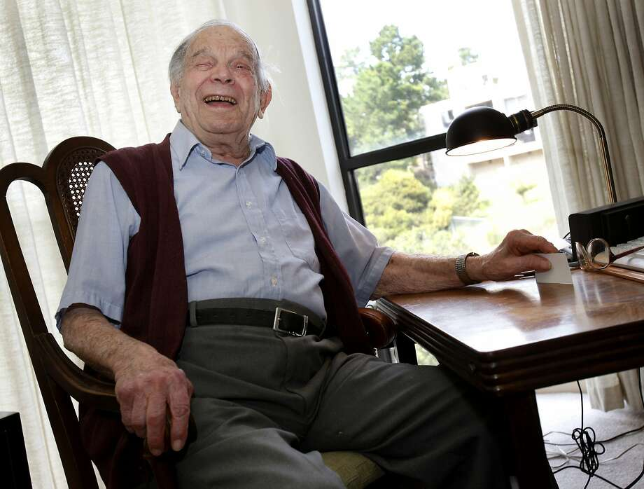 Bill Del Monte is believed to have been the last survivor of San Francisco's 1906 earthquake. Photo: Brant Ward, The Chronicle