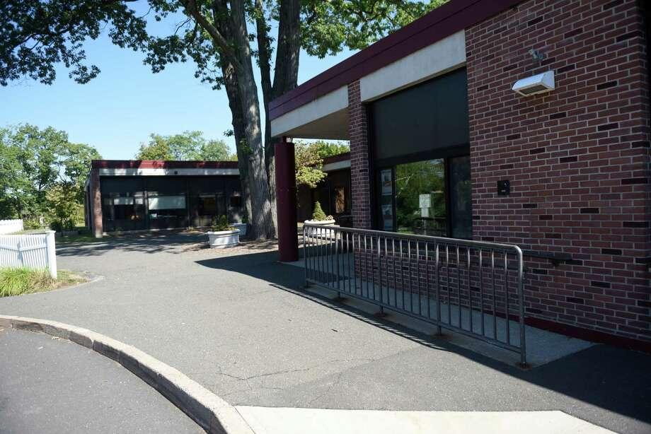 New Lebanon School Photo: Tyler Sizemore / Hearst Connecticut Media / Greenwich Time