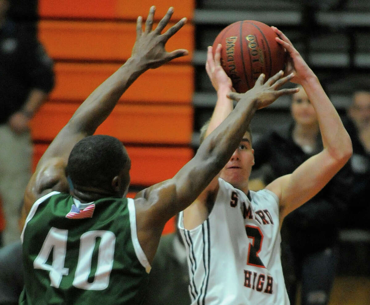 Stamford defeated Norwalk 39-35 in a boys basketball game in Stamford, Conn. on Jan. 12, 2016.