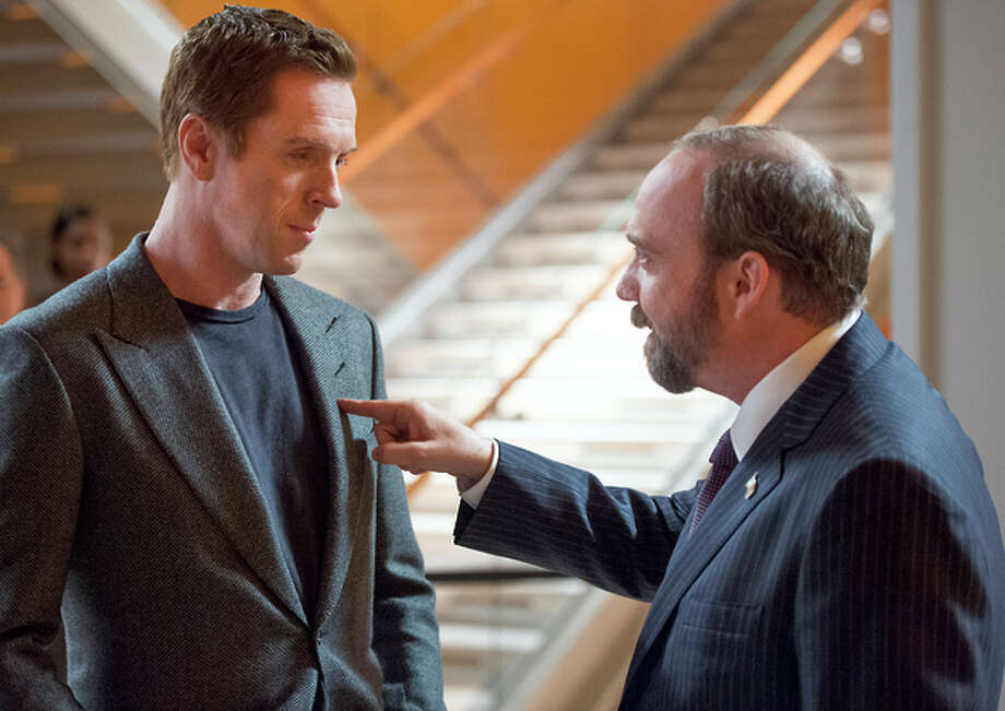 Damian Lewis as Bobby Axelrod and Paul Giamatti as Chuck Rhoades, U.S. attorney. Photo: JoJo Whilden / JoJo Whilden / Showtime / Copyright:  2015 Showtime