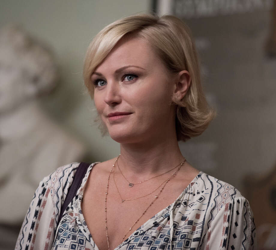 Malin Akerman as Lara Axelrod, who's as merciless in her sphere as her husband is in his. Photo: Jeff Neumann / Jeff Neumann / Showtime / Copyright:  2015 Showtime