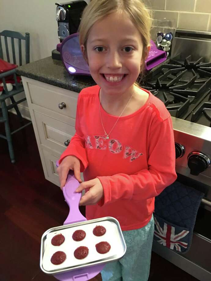 Initially, Susie Davidson Powell balked at getting her 9-year-old daughter, Annabel, an Easy-Bake. (Susie Davidson Powell)