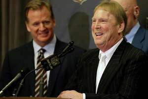 Raiders set to announce 1-year deal, 2-year option to remain at Coliseum - Photo