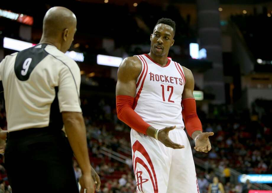4c17e4257 Dwight Howard remains with Rockets as trade deadline passes ...
