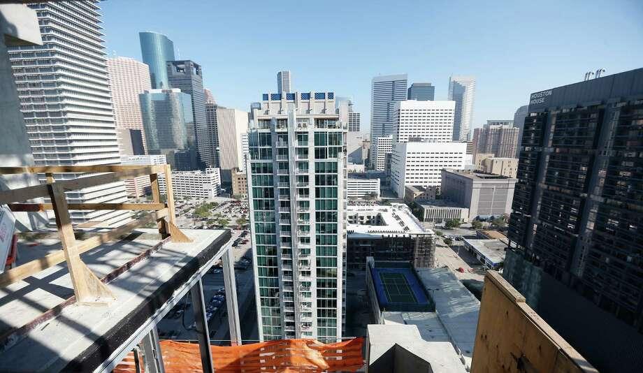 Downtown Houston on Jan. 12, 2016. ( Karen Warren / Houston Chronicle ) Photo: Karen Warren, Nancy Sarnoff / © 2015  Houston Chronicle