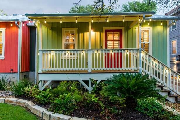 Austin House Rental Avg. nightly rate: $321 Sleeps: 4 Beds: 1