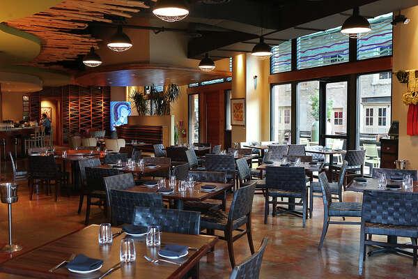Restaurant Review Nao Latin Gastro Bar Expressnews Com