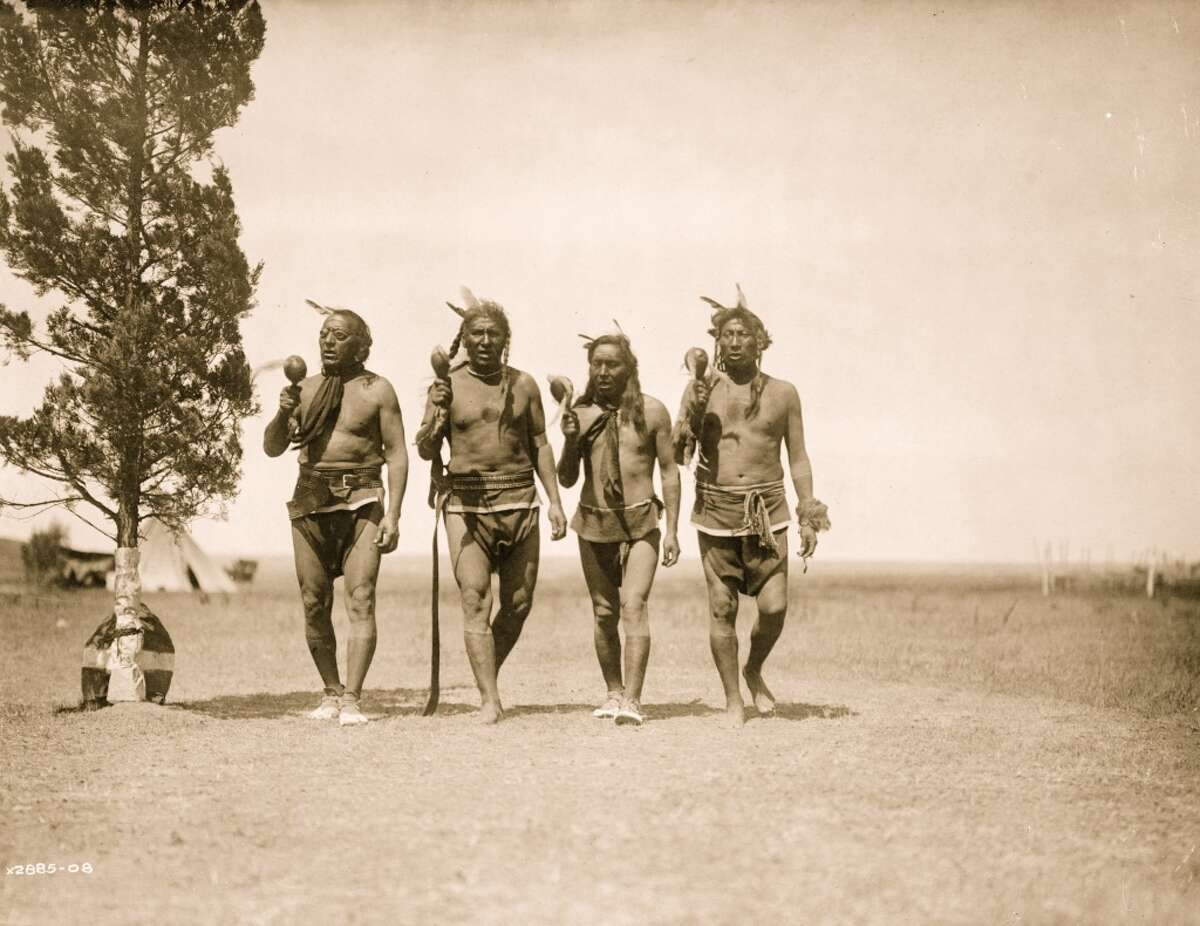 An archive photo of the Arikara tribe of North Dakota. FBI agents believe many of the 2,000 bones found in collector Don Miller's Indiana home were Arikara tribespeople. The FBI is working with the tribe to return the remains.