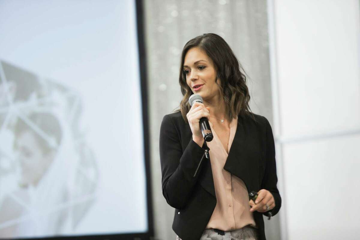 Former Bachelorette contestant Desiree Hartsock provides advice to brides and grooms related to wedding planning during the Bridal Extravaganza Show, Sunday, Jan. 10, 2016, in Houston. ( Marie D. De Jesus / Marie D. De Jesus )
