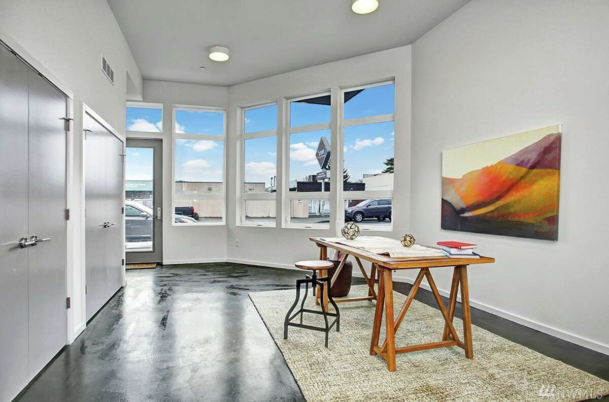 Living space in 7327 35th Ave. N.E. Unit A
