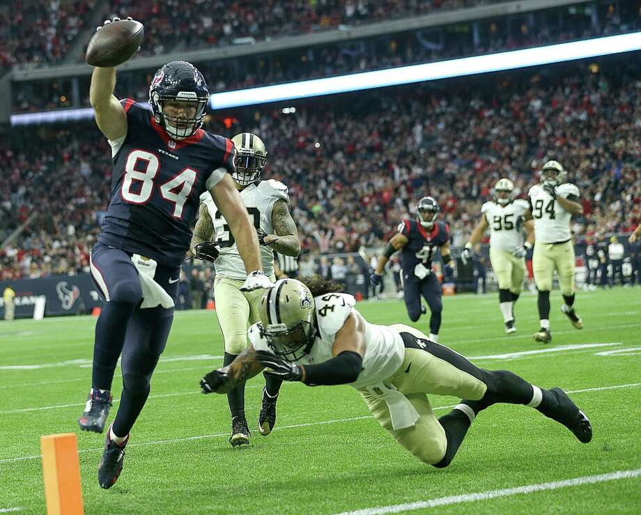 Ryan Griffin provided a rare sight for the Texans in Week 12 against the Saints - a touchdown scored by a tight end. Three Texans tight ends combined for 41 catches, 448 yards and four touchdowns on the season. Photo: Brett Coomer, Staff / © 2015  Houston Chronicle