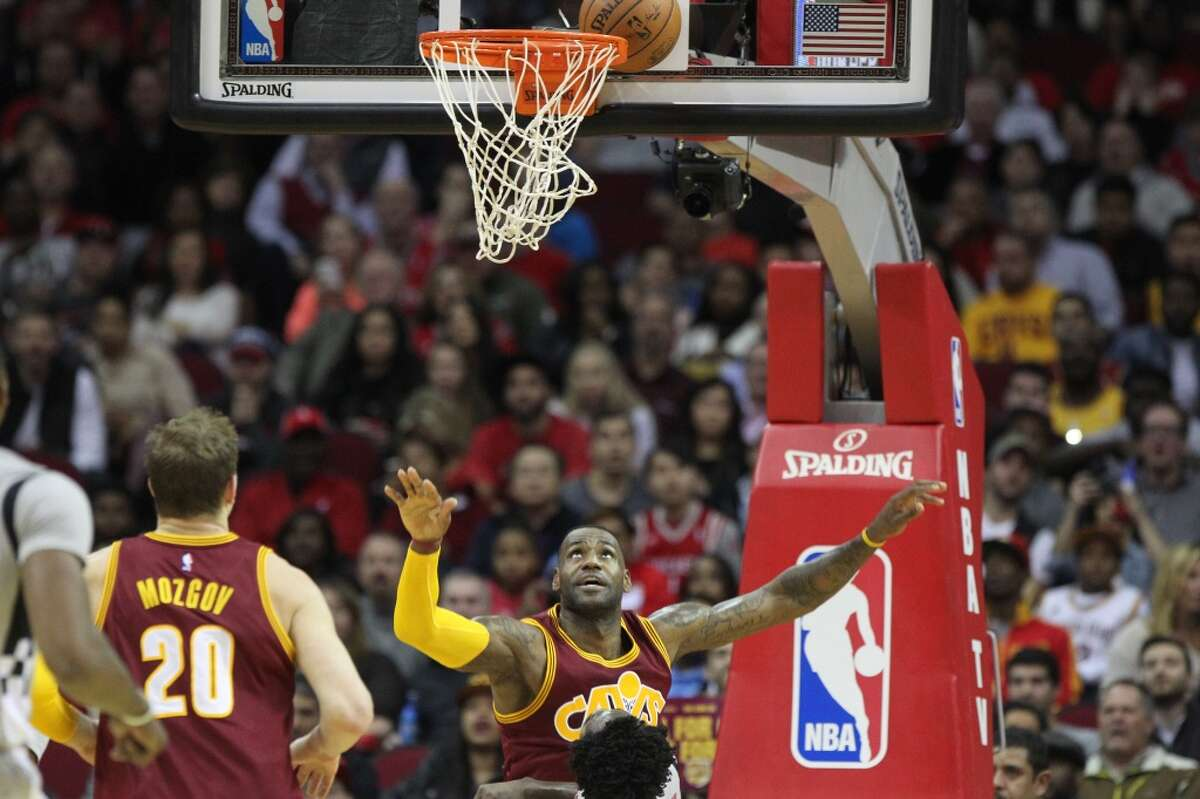 Cleveland Cavaliers forward LeBron James (23) attempts a slam dunk agains the Houston Rockets during the first quarter at the Toyota Center Friday, Jan. 15, 2016, in Houston. ( Gary Coronado / Houston Chronicle )
