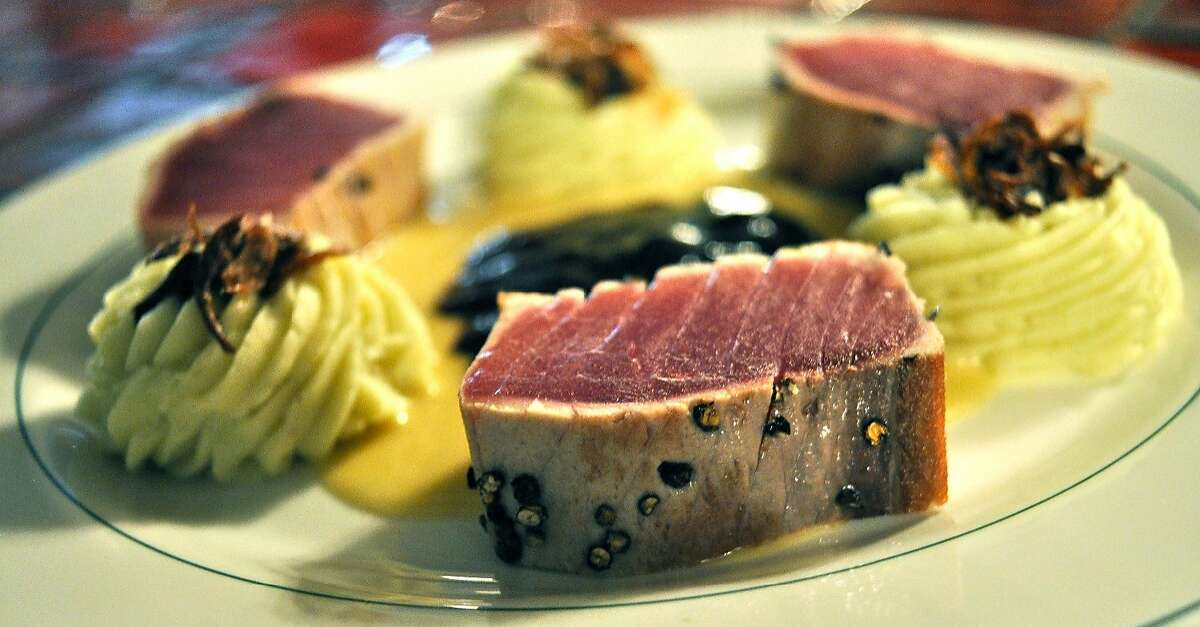 Seared tuna at Le Mas de Oliviers restaurant in Montreal.