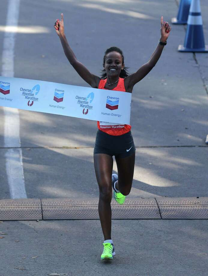 Biruktayit Degefa, who won the 2016 Chevron Houston Marathon, will be among the favorites to win again the 2018 edition on Sunday. Two other Ethiopian women have dropped out of the race. Photo: Elizabeth Conley, Houston Chronicle / © 2016 Houston Chronicle