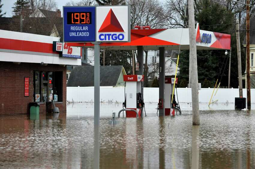 A view of a gas station on 2nd. Ave. which was flooded following a water main break in the area of 125th Street and 5th Ave. on Sunday morning, Jan. 17, 2016, in Troy, N.Y. (Paul Buckowski / Times Union)