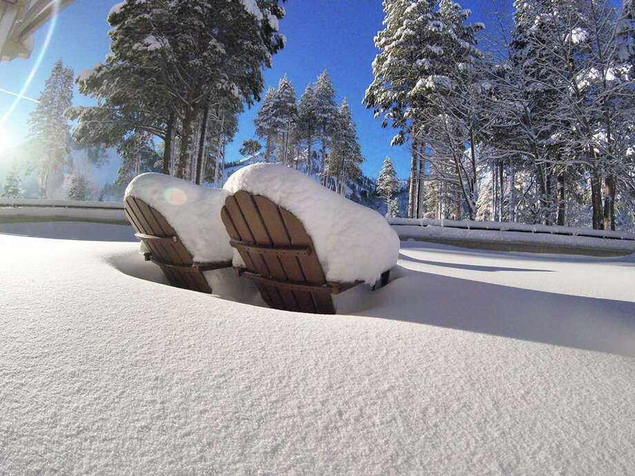 Heavy snows have covered the slopes at Alpine Meadows in the Sierras on January 15, 2016. Photo: Courtesy Alpine Meadows