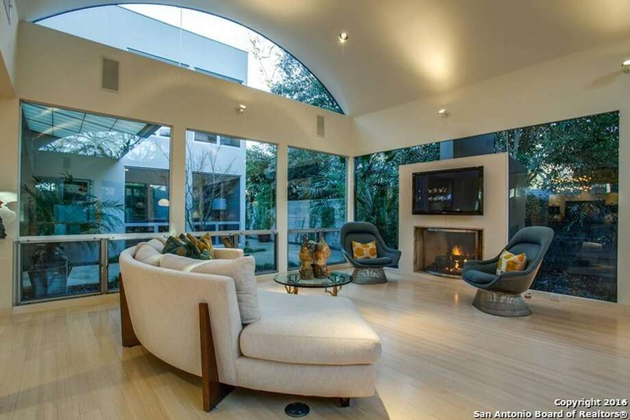 136 Grandview Place, San Antonio, Texas 78209: $1.25 million Photo: Courtesy, Kathryn Moser Via MySA.com