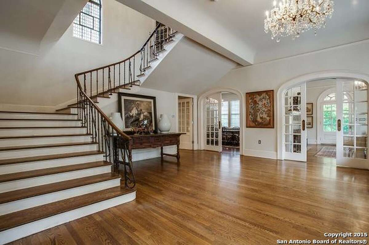 9.645 Grandview: $3.49 millionThe estate, located in Terrell Hills, includes seven bedrooms and 5.5 bathrooms.