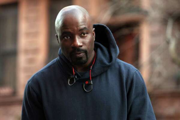 """NEW YORK, NY - DECEMBER 02:  Mike Colter filming """"Marvel / Netflix's """"Luke Cage"""" on December 2, 2015 in New York City.  (Photo by Steve Sands/GC Images)"""