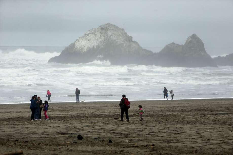 File photo of Ocean Beach in San Francisco on Monday, Jan. 18, 2016. Two teenage boys were swept out to sea Saturday afternoon at Ocean Beach, and rescuers said they called off the search after sunset. Photo: Scott Strazzante, The Chronicle