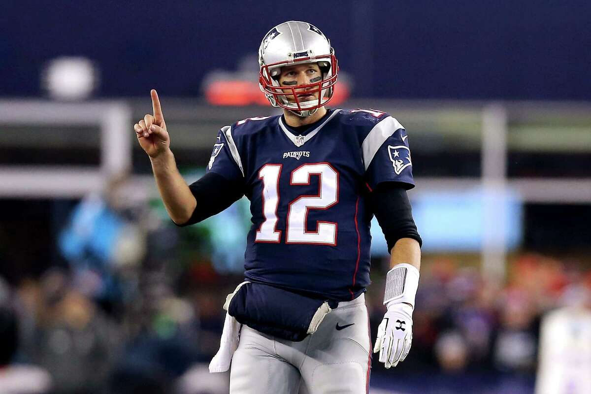 FOXBORO, MA - JANUARY 16: Tom Brady #12 of the New England Patriots gestures after a play in the fourth quarter against the Kansas City Chiefs during the AFC Divisional Playoff Game at Gillette Stadium on January 16, 2016 in Foxboro, Massachusetts. (Photo by Maddie Meyer/Getty Images) ORG XMIT: 599401665
