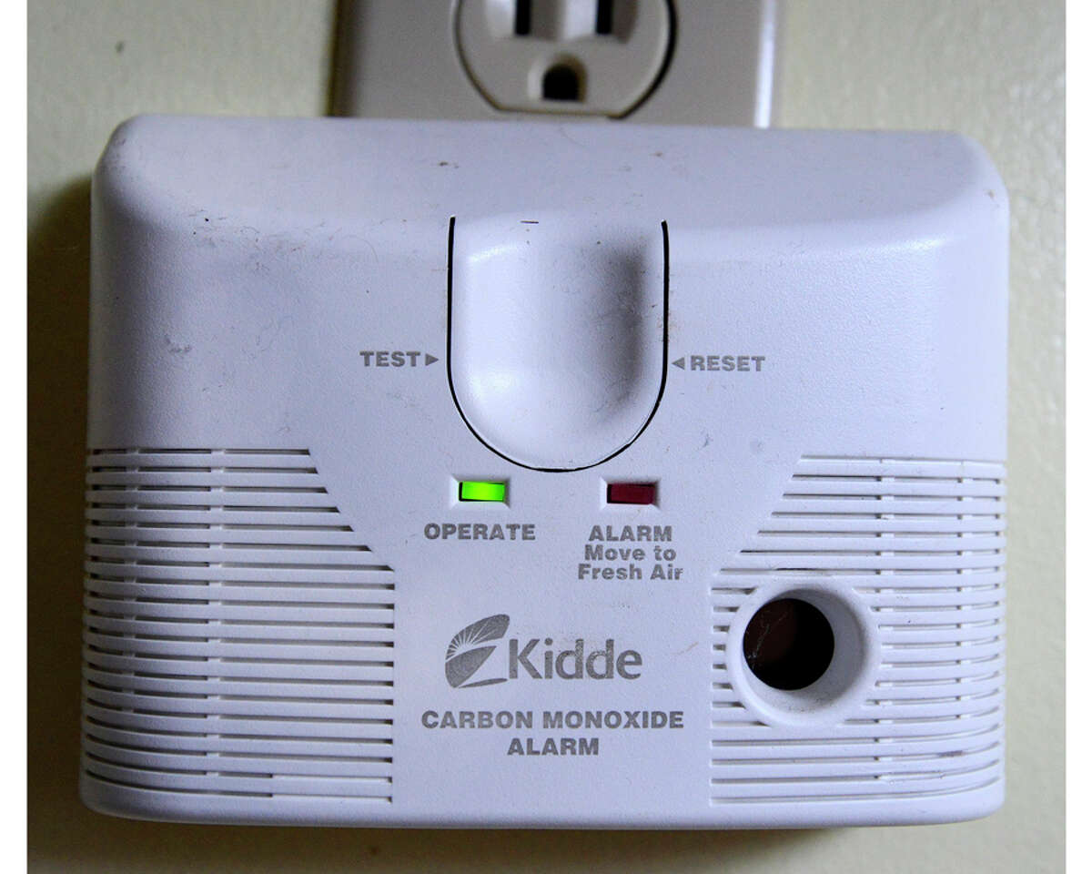 A plug in carbon monoxide detector