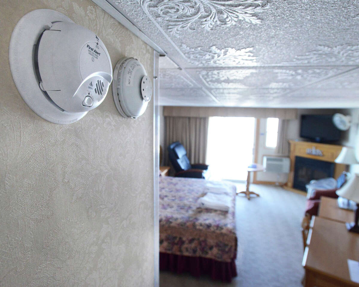 LaFayette's Oceanfront Resort on Wells Beach in Maine has combo smoke/carbon monoxide(left) and heat detectors (right) in all their rooms.