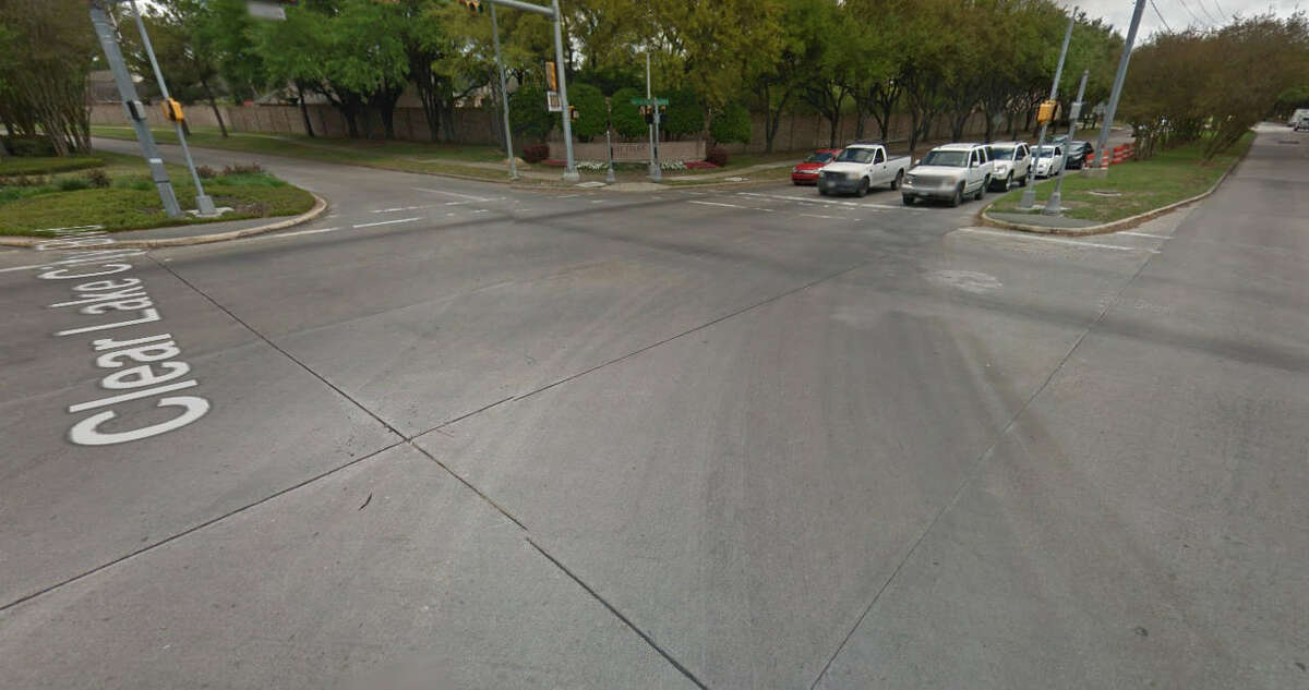 25. Intersection ofClear Lake City Boulevard and Space City Boulevard Reports in the past 12 months: 8