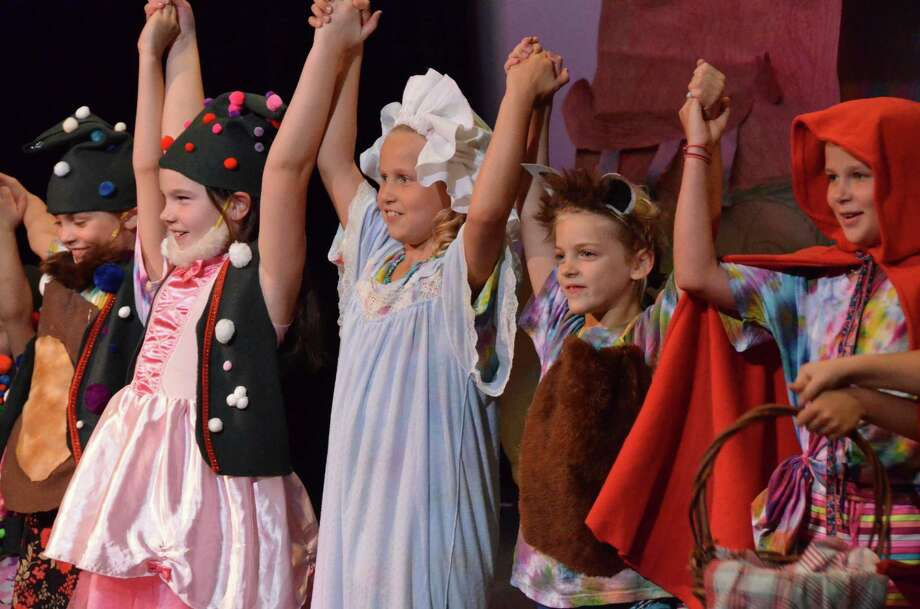 Darien Arts Center students perform in a recent theater production. Photo: Contributed / Contributed Photo / Darien News