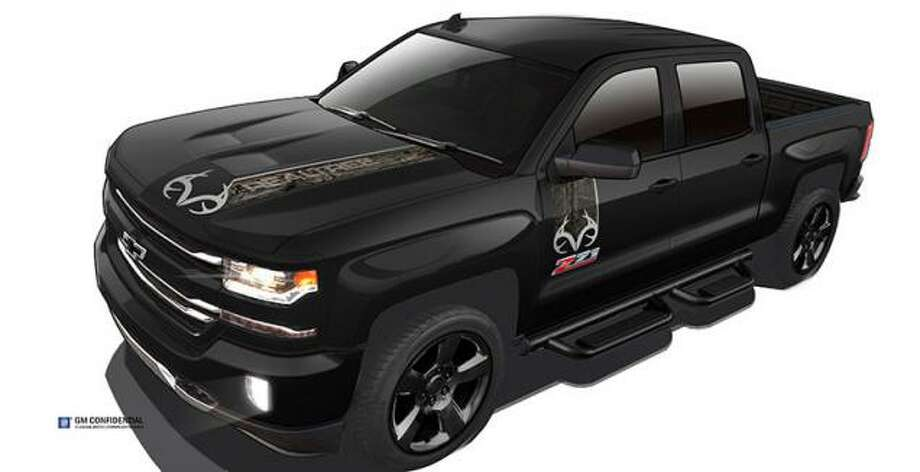 Realtree and Chevrolet designers put their heads together to come up with the 2016 Chevrolet Silverado Realtree Edition, available in the spring.